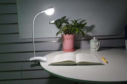 6 Must-Have Accessories for Your Study Room light