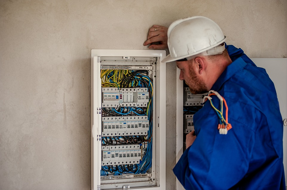 Here Are The Different Specialization Of Electricians To Choose From!