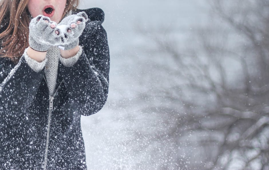 How to Stay Active and Social Throughout the Winter Season