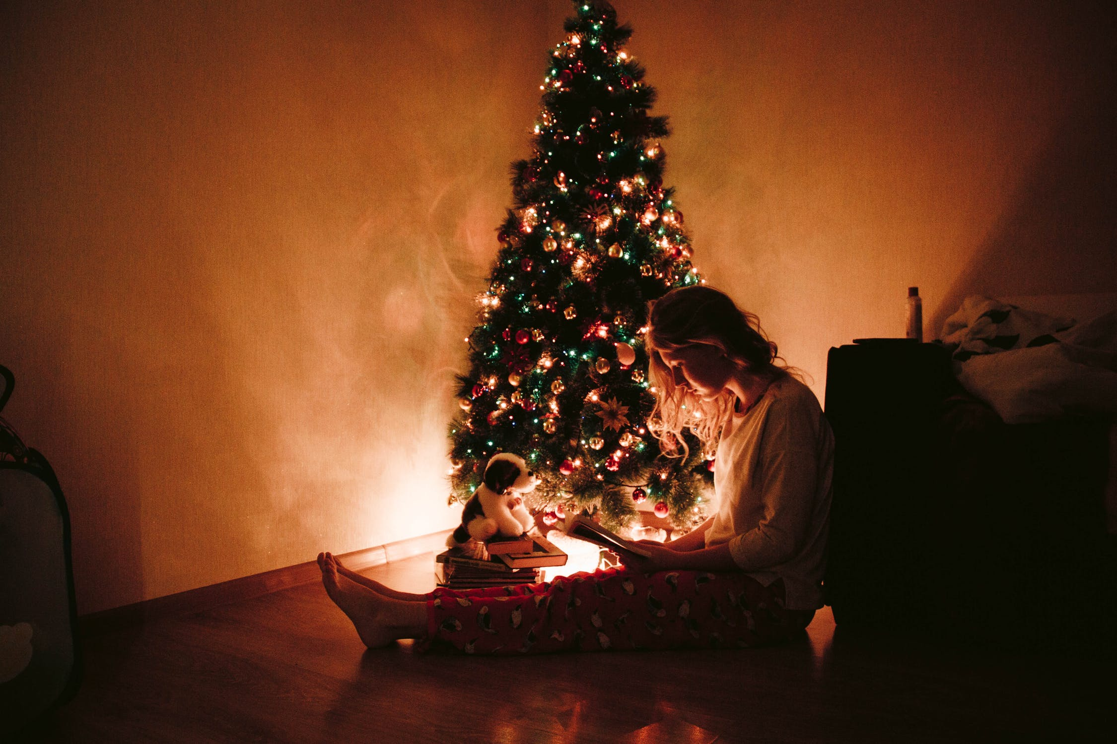 5 Excellent Ways to Calm Your Nerves This Holiday Season