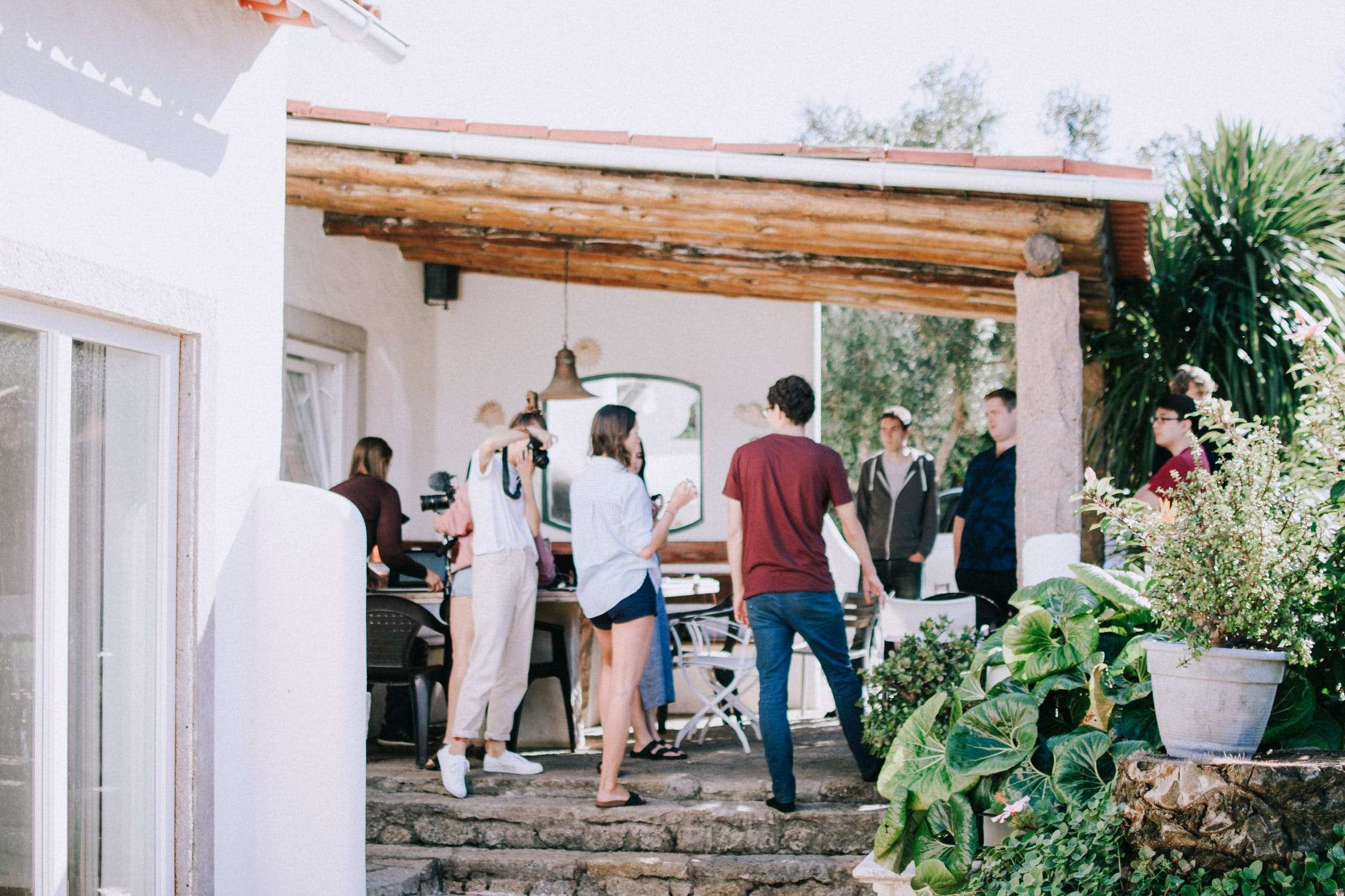 3 Steps to Throwing a Successful Housewarming Party