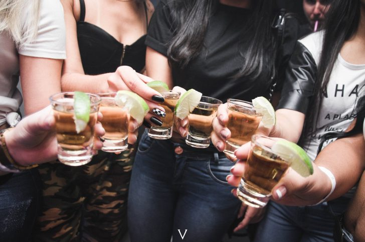 6 Drinks That Should Be at Every Party