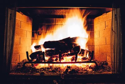 5 things to consider when shopping for large fireplace screens