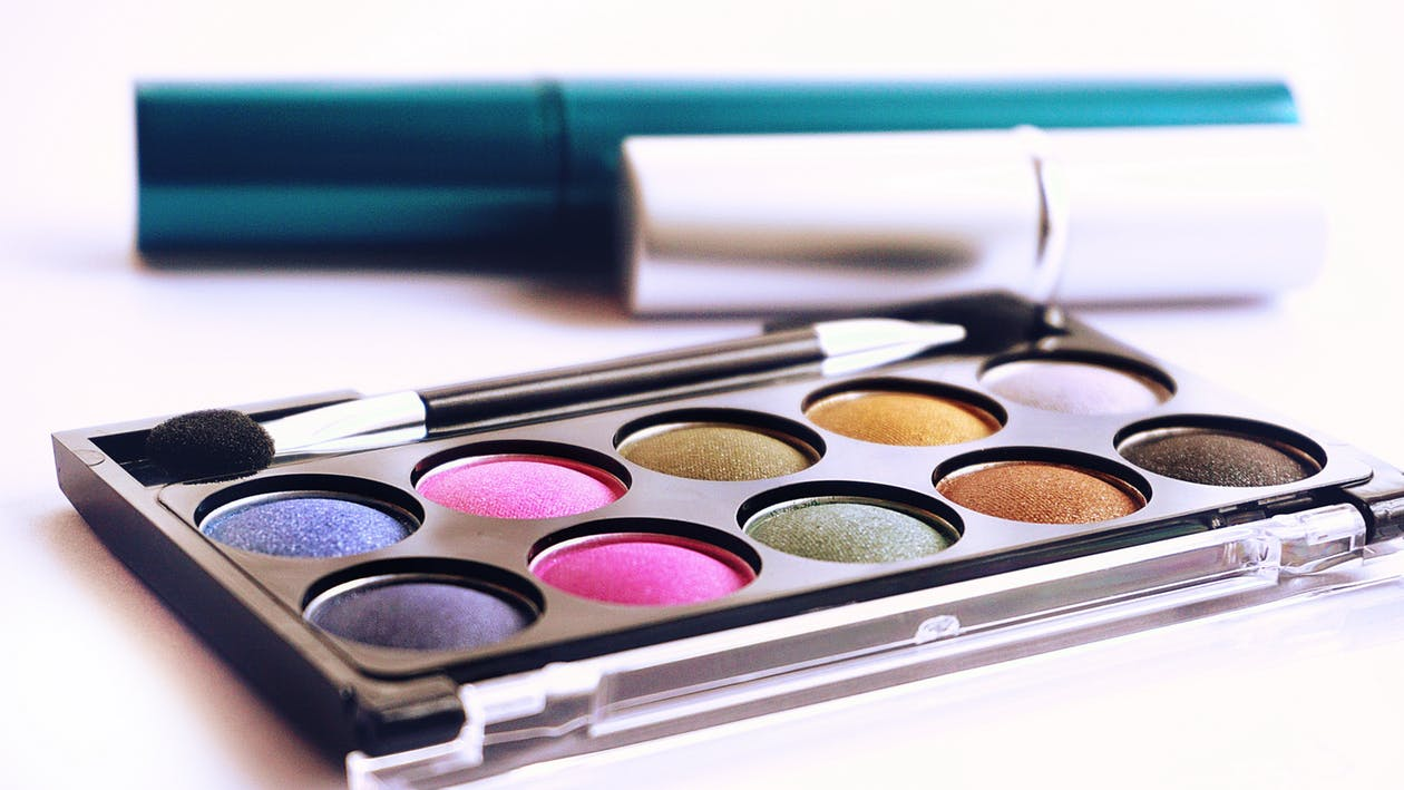 What are the health risks involved in cosmetics and petroleum products?