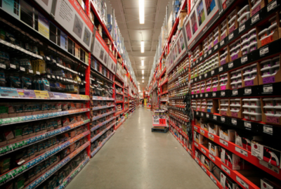 3 Ways That Big Box Stores Let You Down During Home Improvement Projects aisle