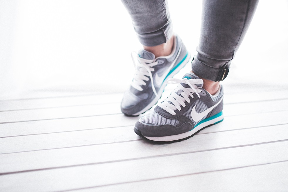 Comfort And Style: 5 Insiteful Tips On Choosing Walking Shoes That Look And Feel Great
