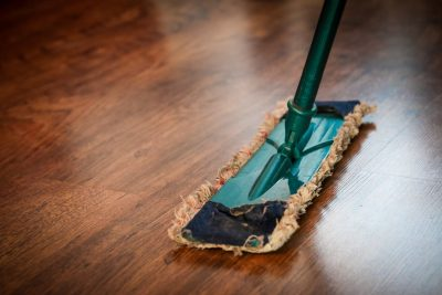 3 Tips to Cleaning a Dirty Floor