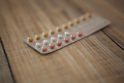 Birth Control Method: Combination Birth Control Pill and Facts on Apri