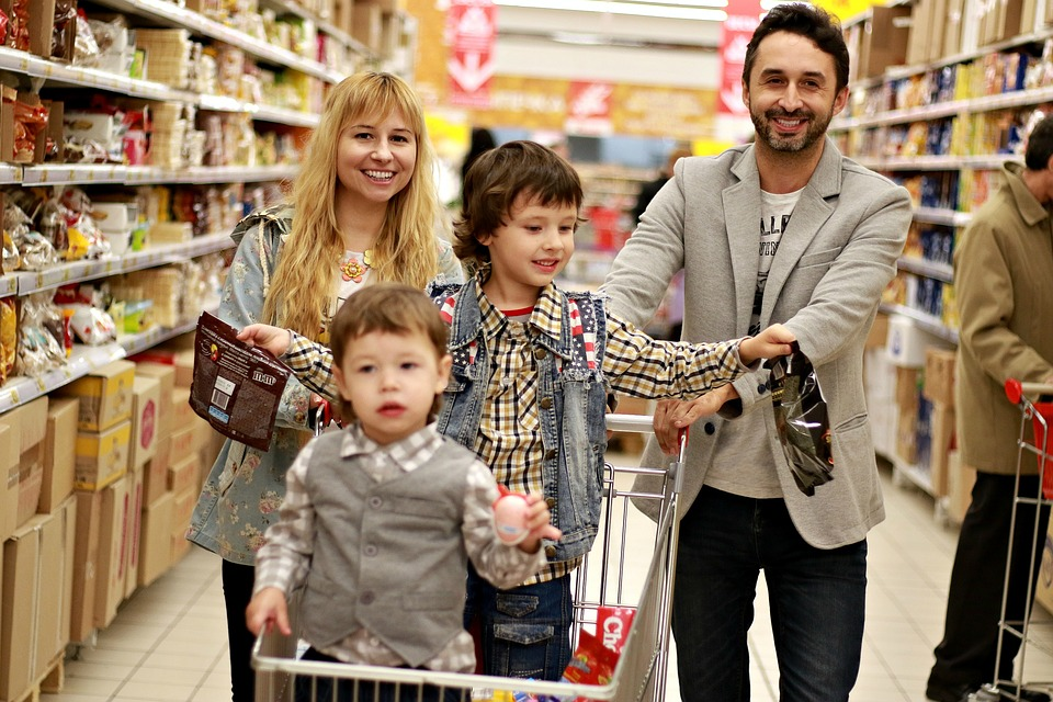 Things You Should Consider While Using Coupons – A Brief Guide