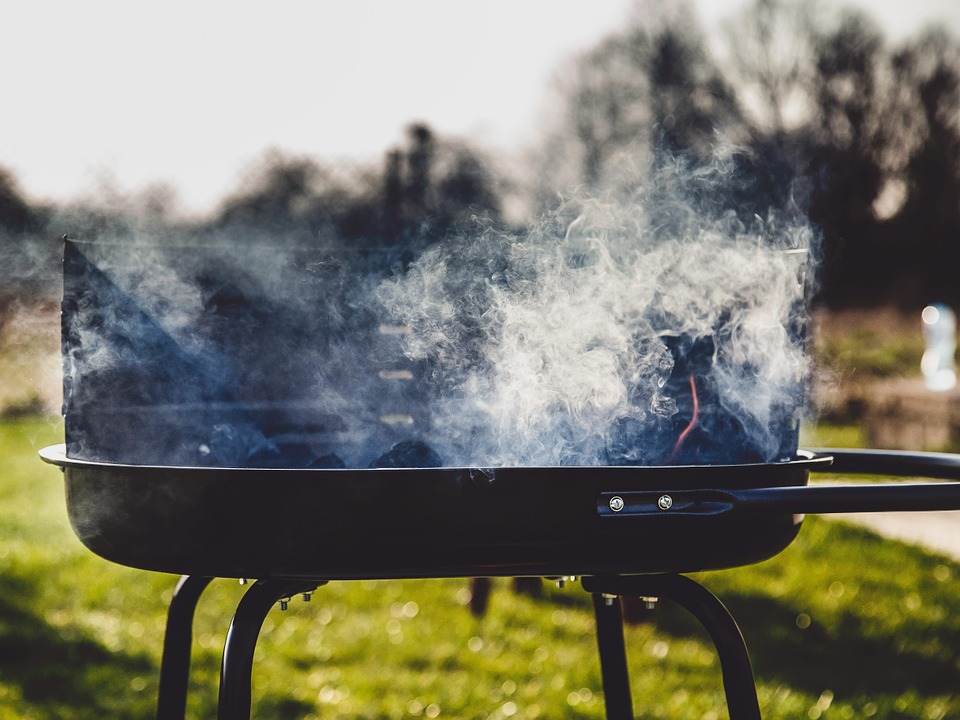 4 Cleaning Hacks for Cleaning a Pellet Grill