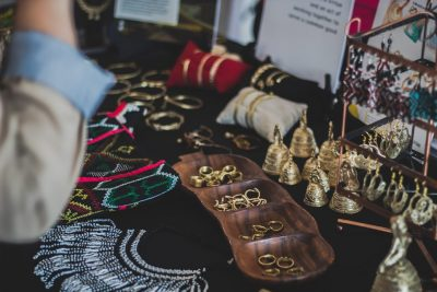 6 Tips to Buy Jewelry Conveniently