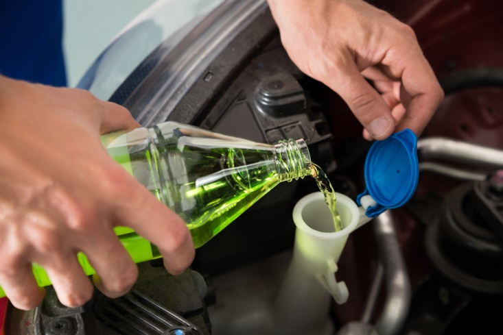 7 Simple Ways to Get Your Car Ready For a Summer Road Trip check fluids