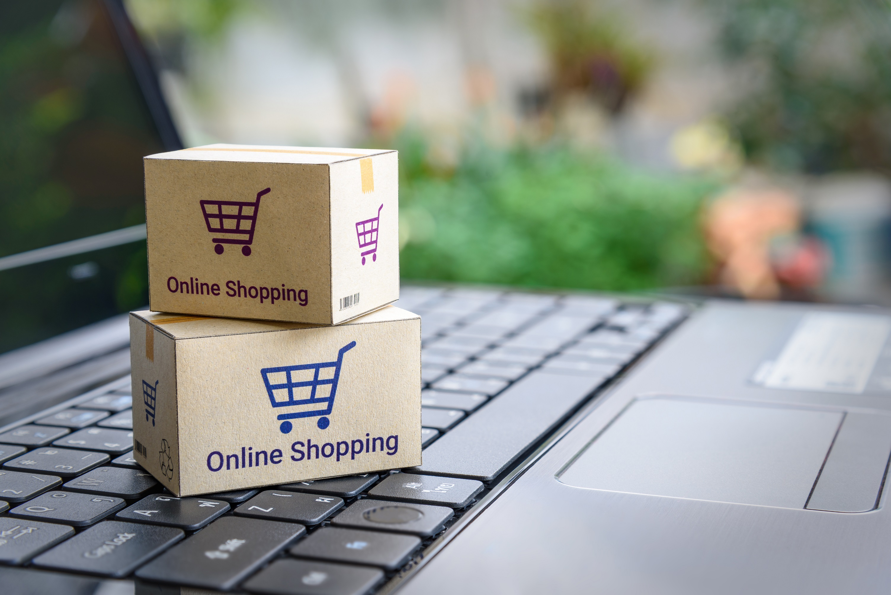 Smart Ways to Shop Online On Your LifeStyle Products