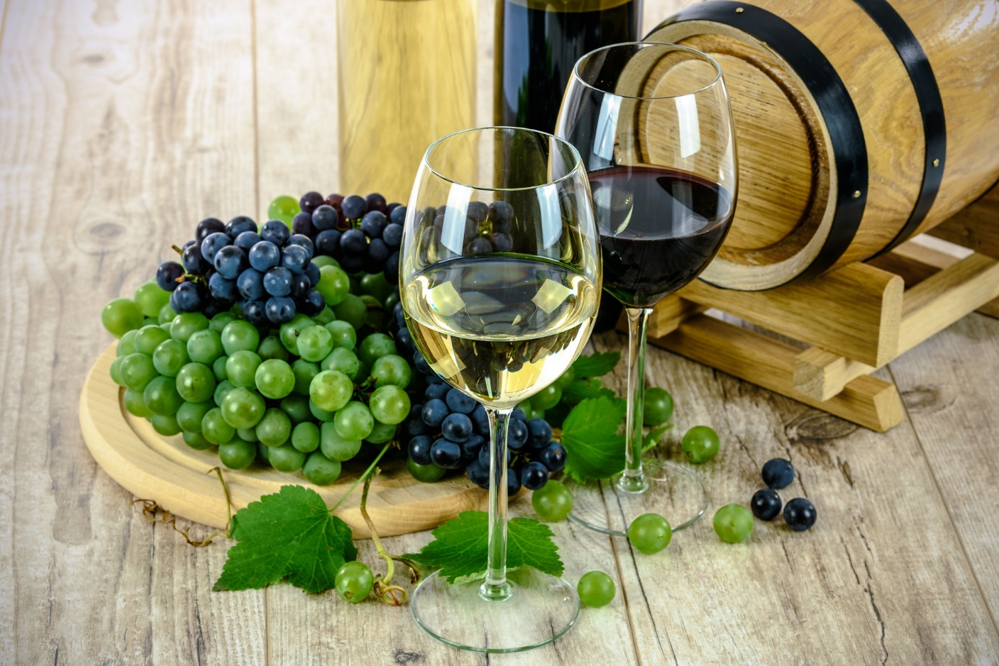 DIY - How To Make Fruit Wine At Home
