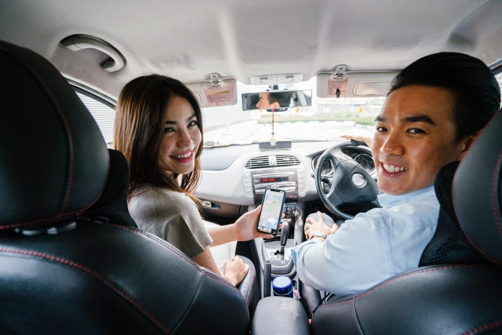 Things To Know When Learning To Drive happy couple