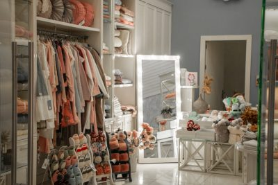 5 Reasons To Stop What You Are Doing And Declutter Your Home