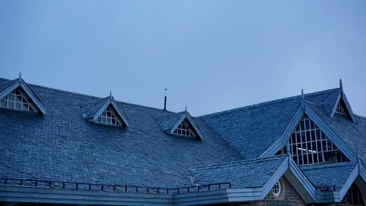 Pros and Cons of the 4 Most Common Roof Styles