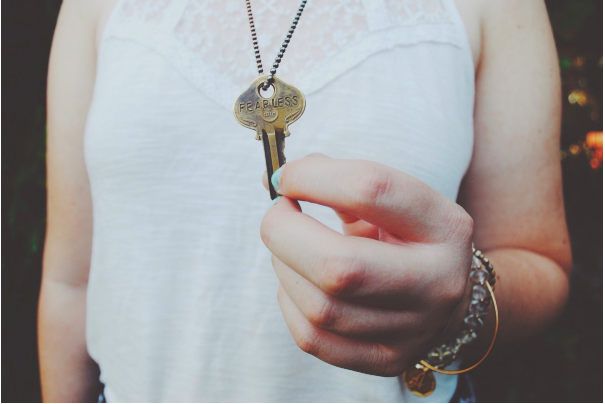 5 Jewelry Faux Pas You Need To Stop Believing
