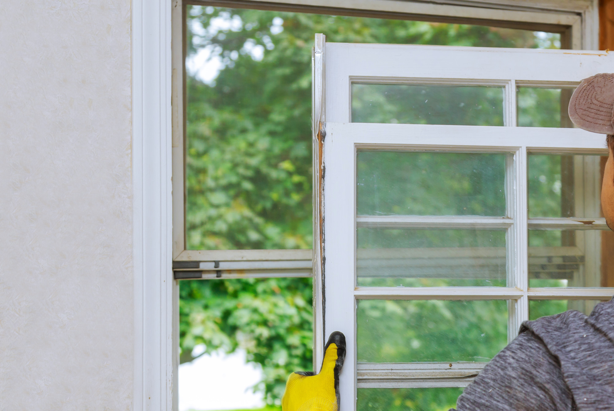 7 Telltale Signs It's Time to Replace Your Home's Windows