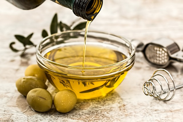 5 Popular Cooking Oils Explained