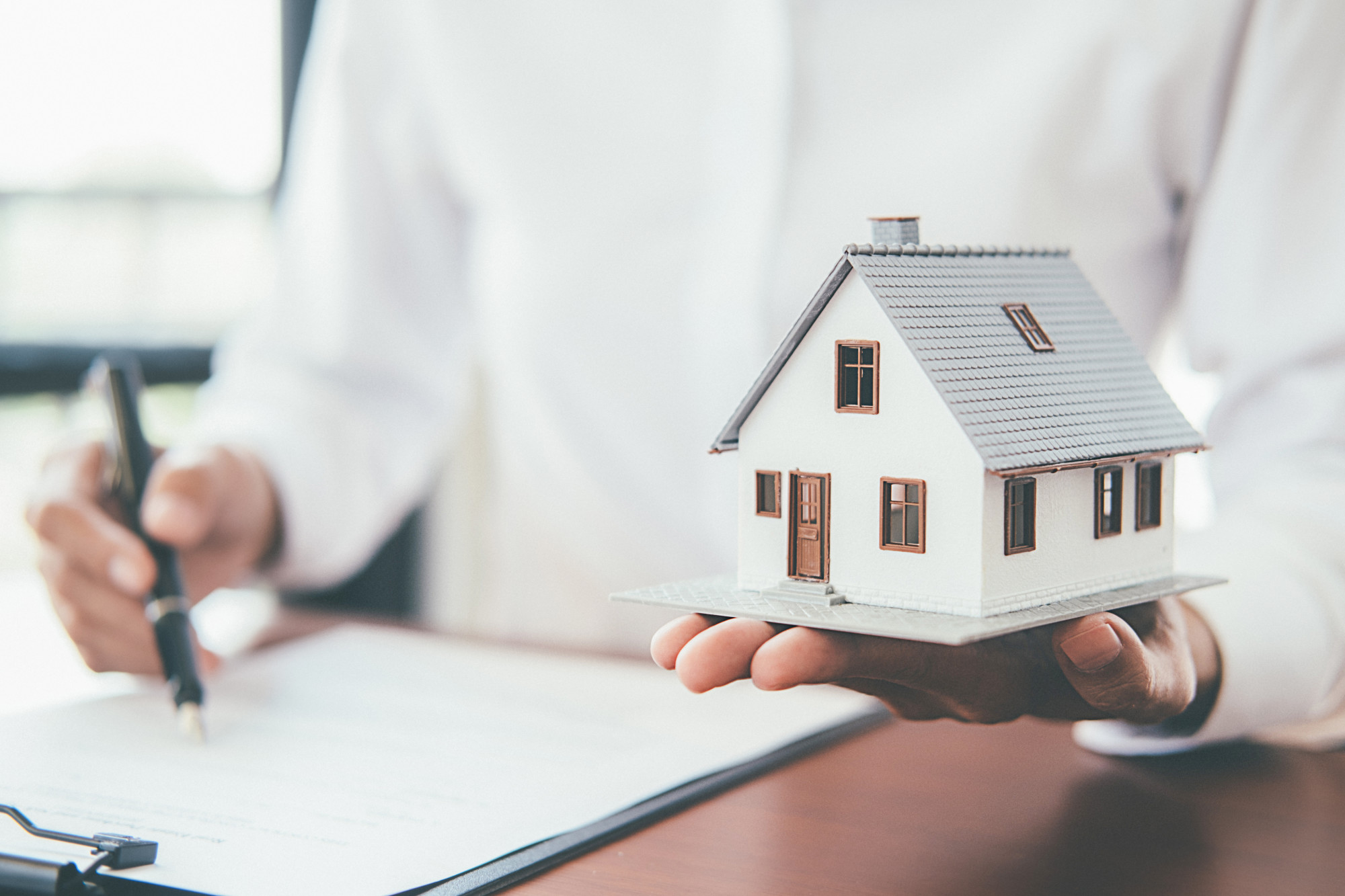 7 Reasons Selling Houses for Cash Is a Smart Move