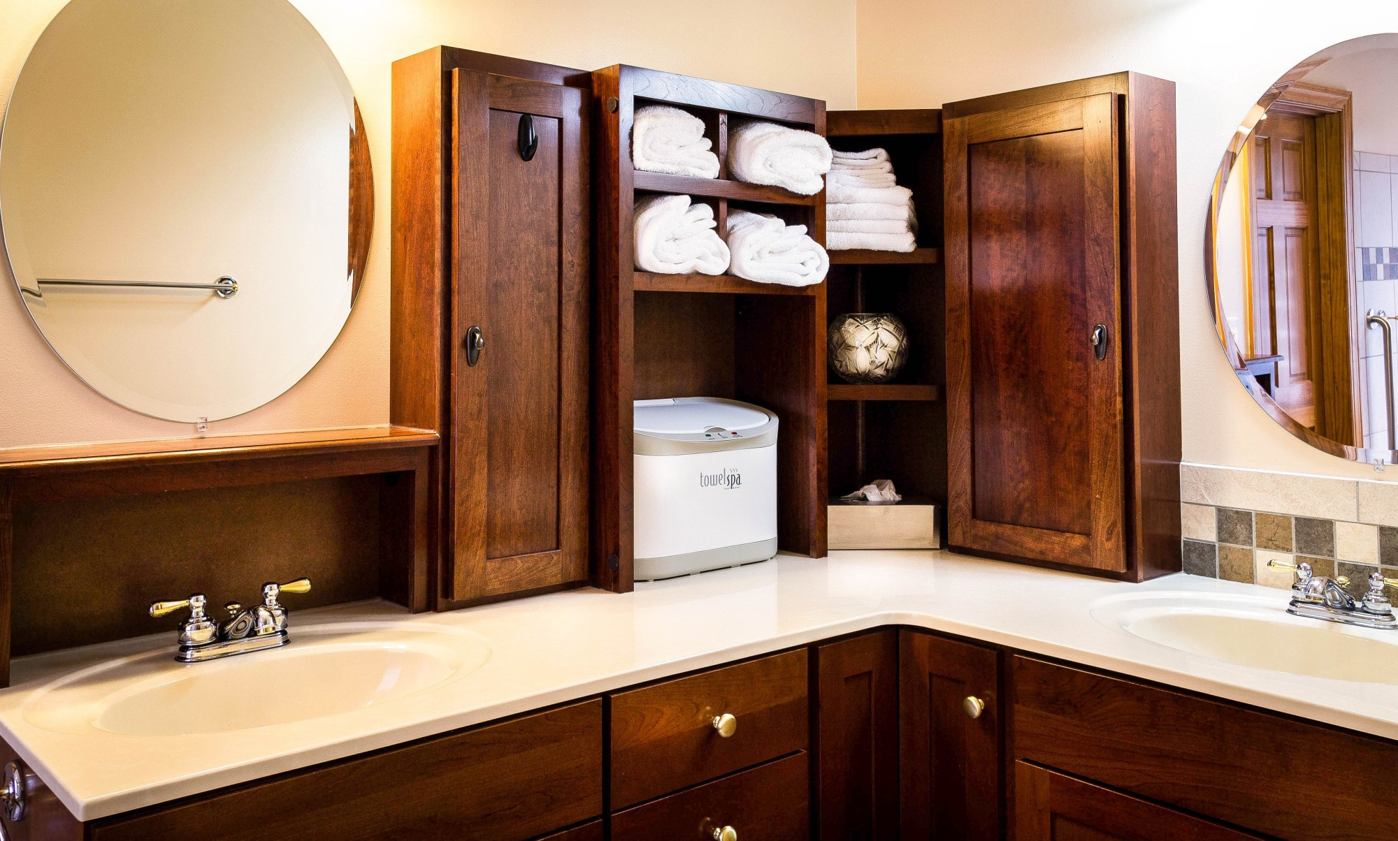 Making the Most of Bathroom Space: 7 of the Best Bathroom Organization Ideas
