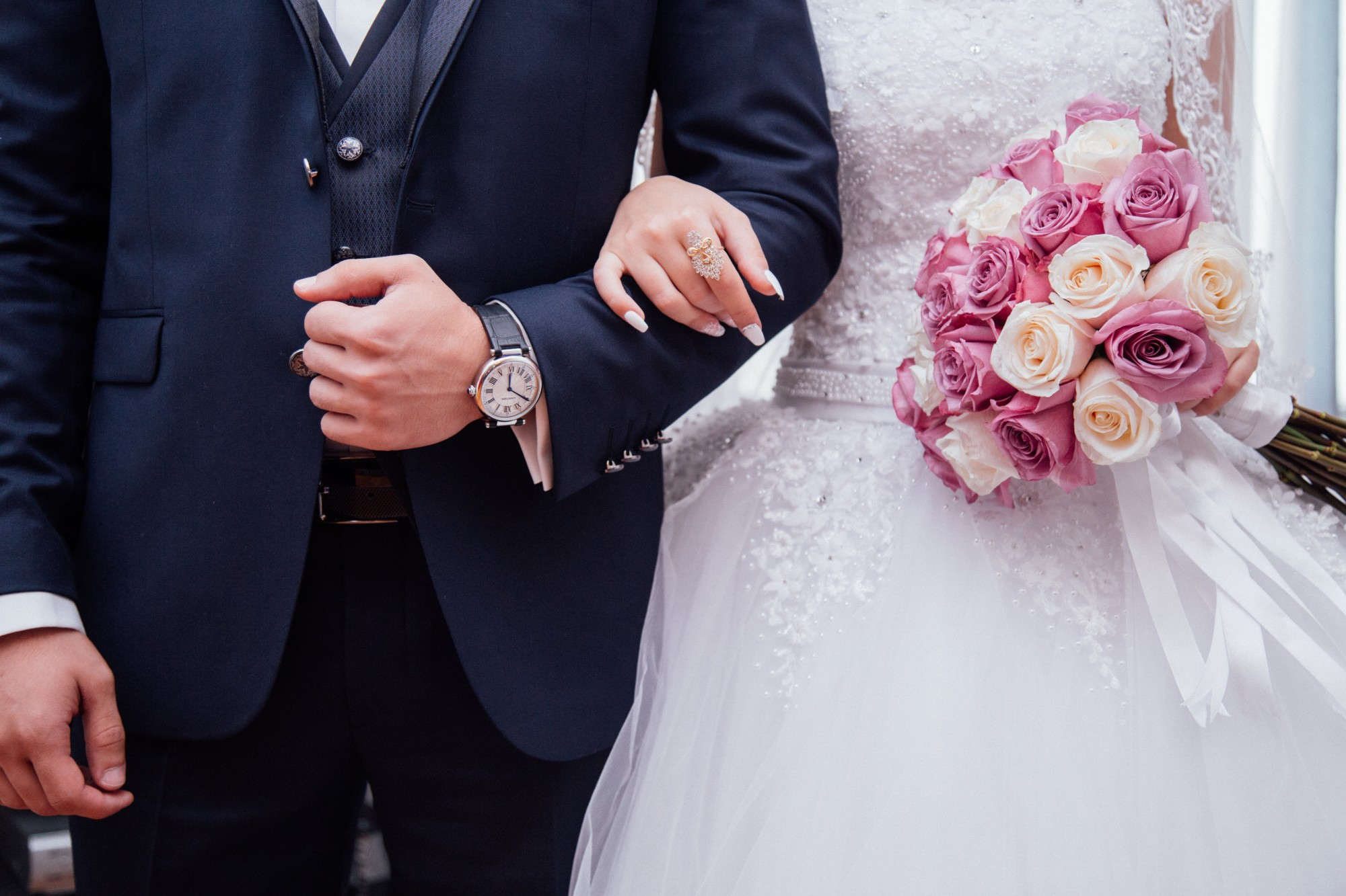 Save Money by Budgeting These 9 Wedding Expenses