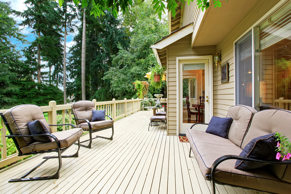 What To Consider When Adding Decking To Your Outdoor Space
