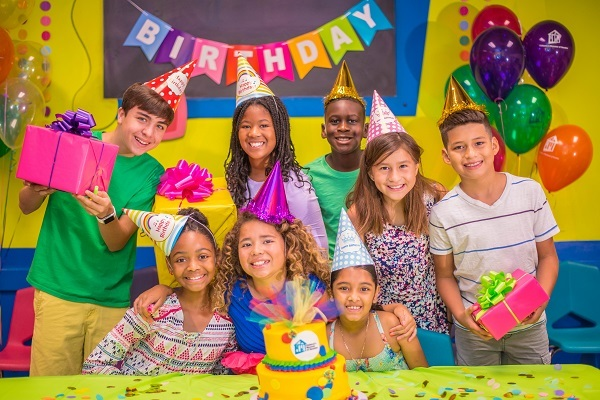 4 Reasons To Celebrate Your Kid's First Birthday Party at an Indoor Play Centre!