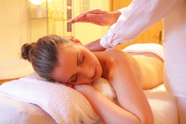 5 Benefits of being a massage therapist
