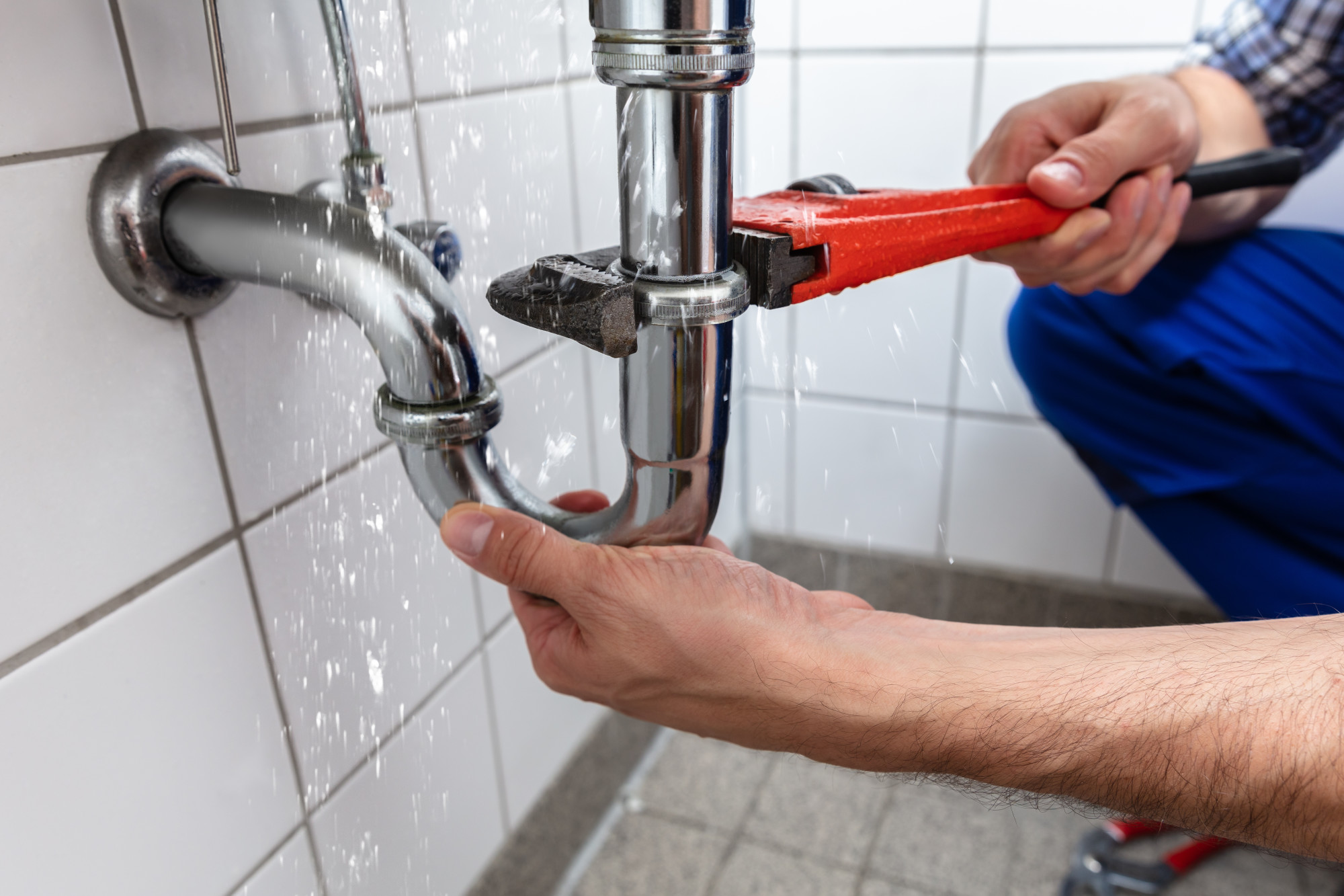 You Can Fix Common Plumbing Problems with No Sweat