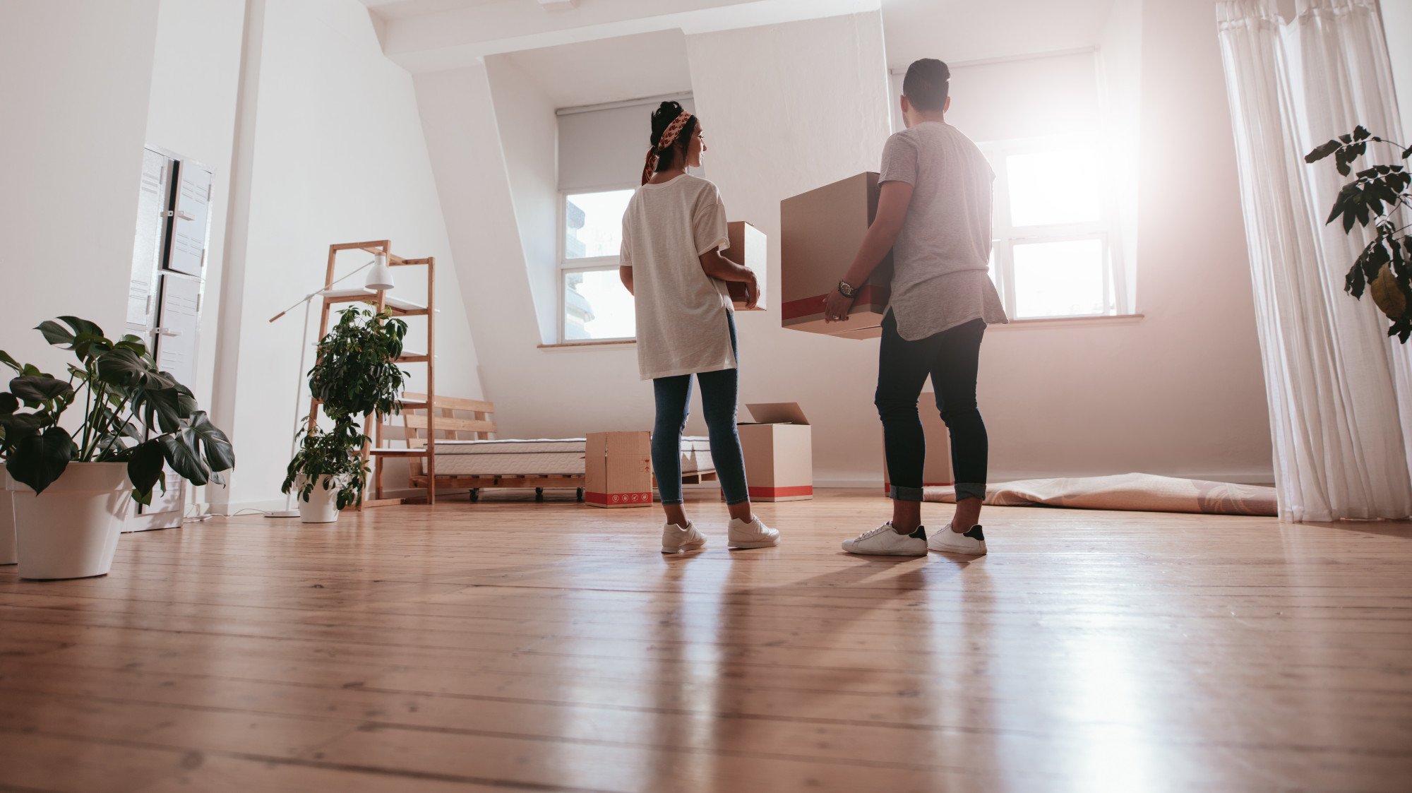 How to Move Out of an Apartment: The Essential Things to Do
