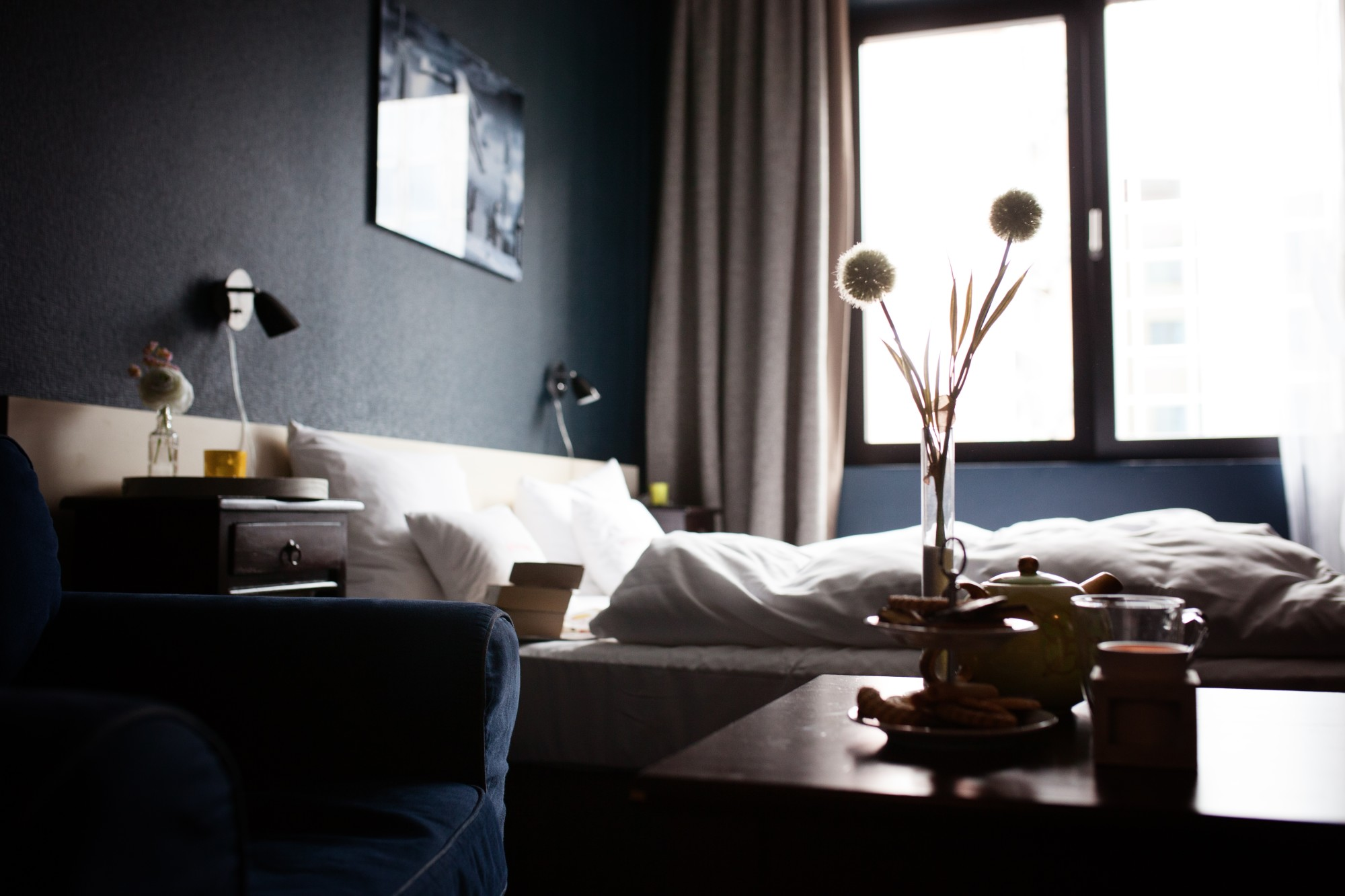 How to Use Relaxing Decor to Create a Calming Home