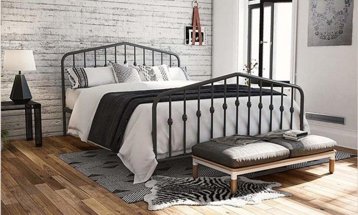 Queen, King, Twin: The Ideal Guide to Buying the Best Bed Frame