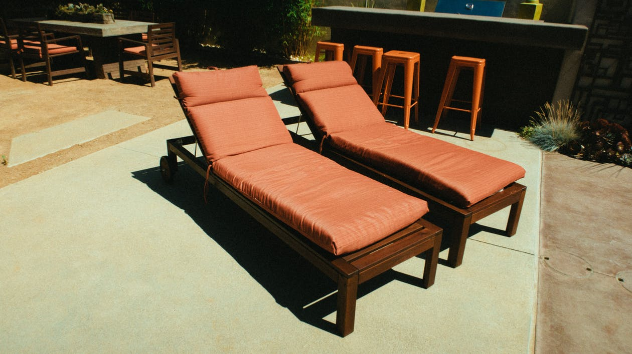 Sprucing Up Your Deck For Winter