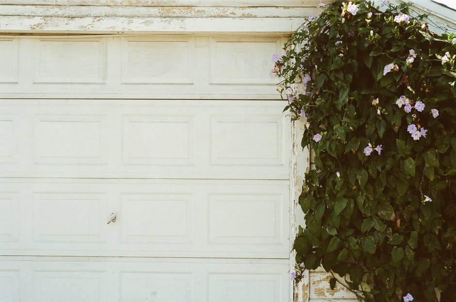 5 Tips To Choose The Best Affordable Garage Door Repair Company