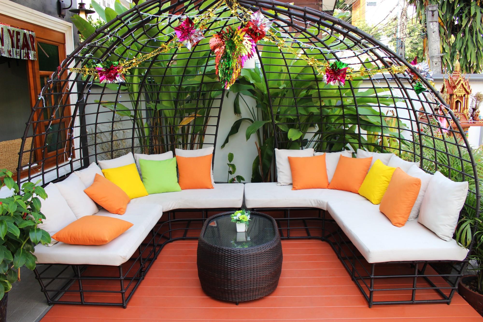 Fixer Upper: 8 Stunning Backyard Design Ideas You'll Adore