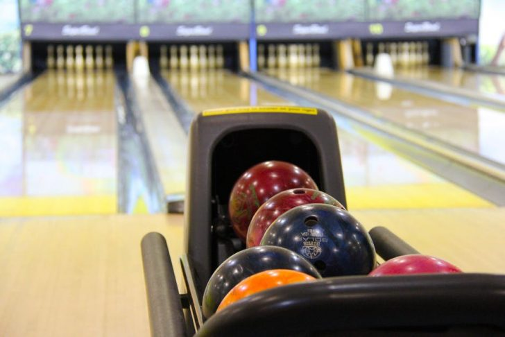 Look at the Action on that Ball! 7 Handy Bowling Tips for Beginners