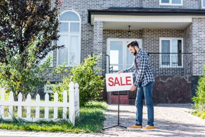 The 12 Stages of Selling a House