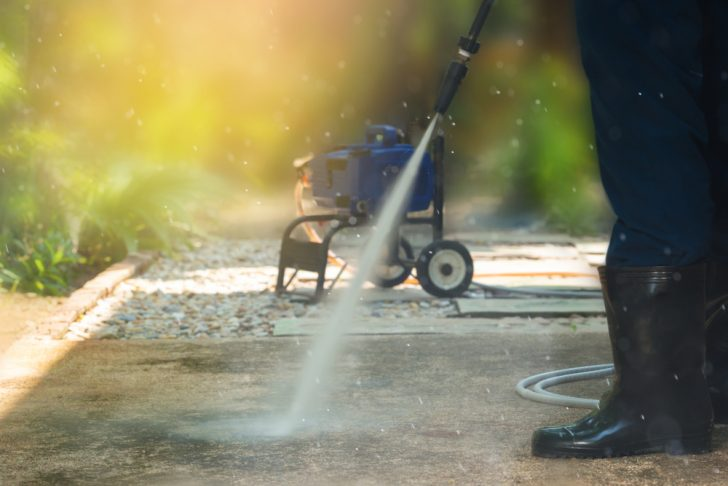 Benefits of Using A Pressure Washer When Cleaning Your Home