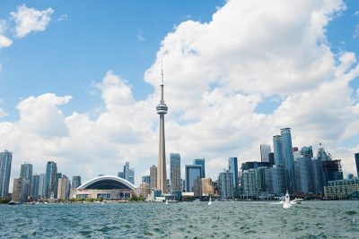 Visiting Toronto on a Budget: 6 Top Tips