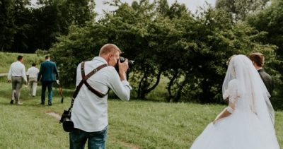 How to Choose an Excellent Wedding Photographer?