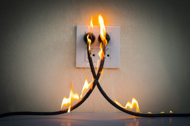 3 Ways a Power Surge Affects the Home