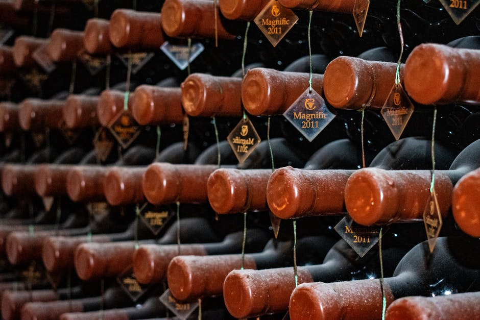 A Newbie's Guide on How to Store Wine Like a Connoisseur