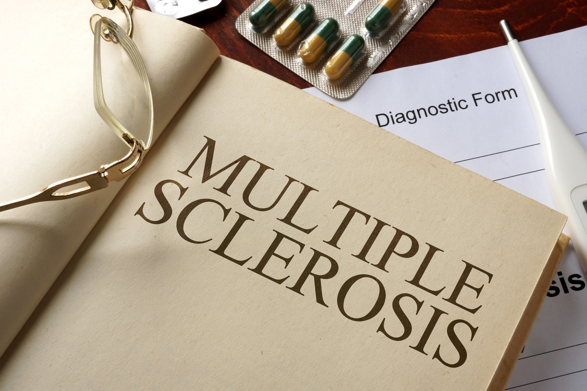 Do I Have Multiple Sclerosis: Early Symptoms and Warning Signs