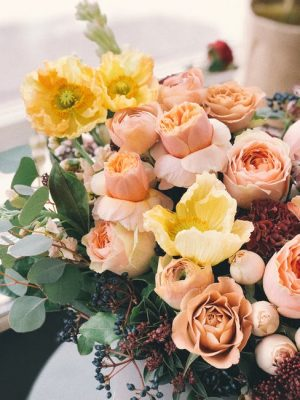 Your Ultimate Guide to Buying Anniversary Flowers