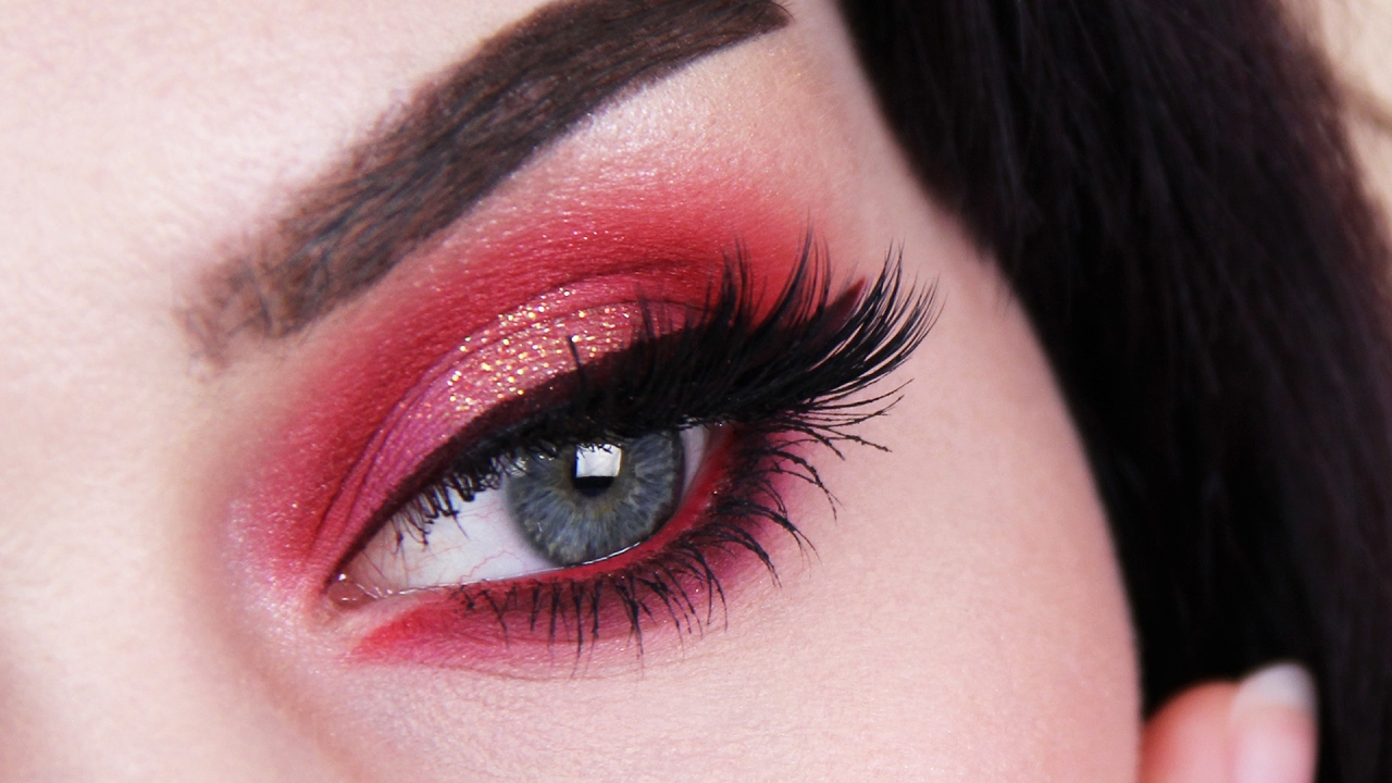 red eyeshadow