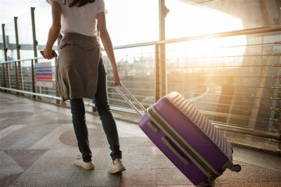 6 Tips for People Traveling Alone