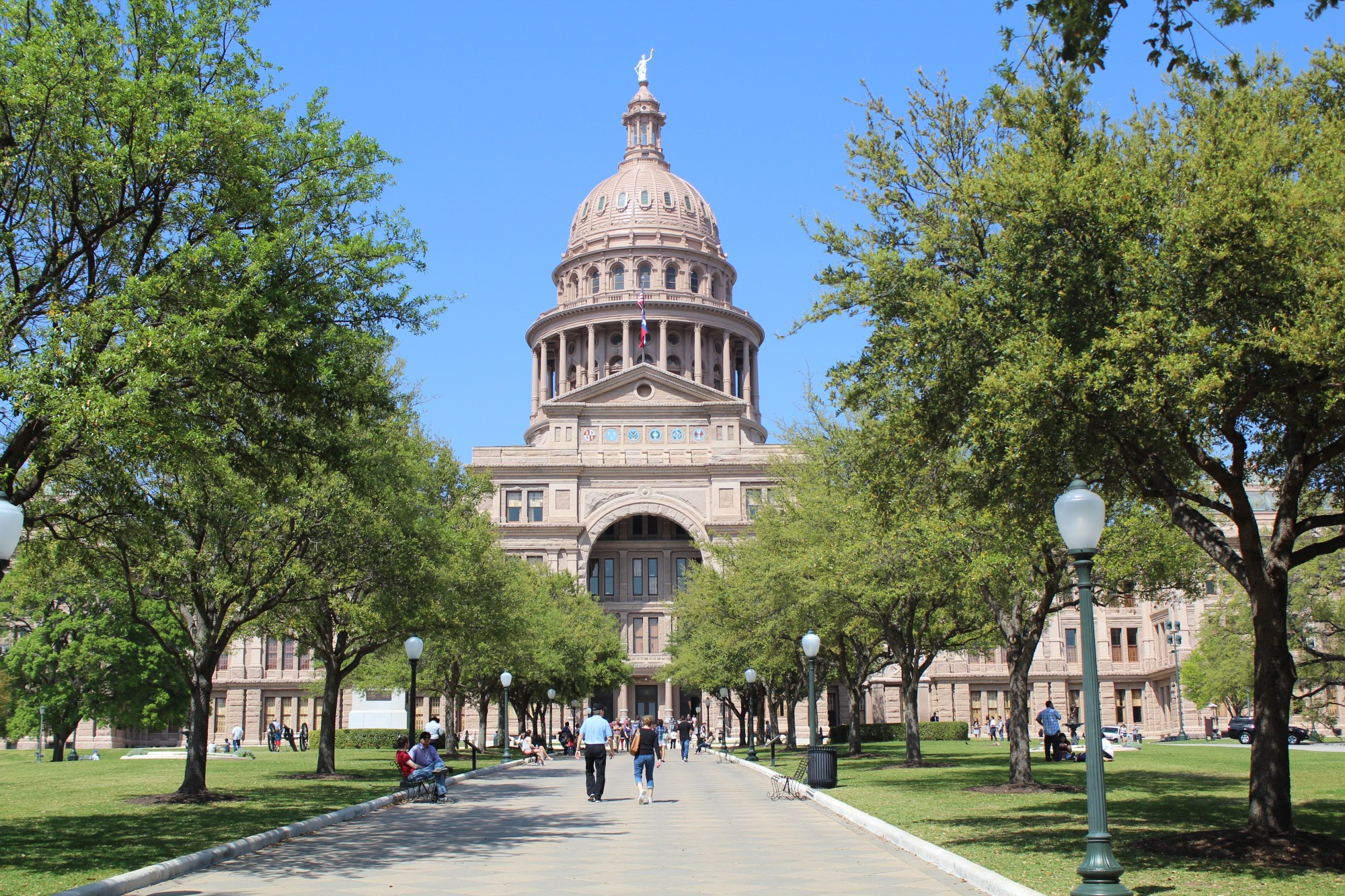 10 Benefits of Living in Austin, Texas