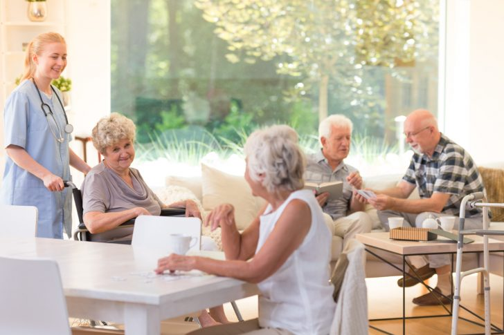 How to Find and Choose the Best Senior Living Communities for a Loved One